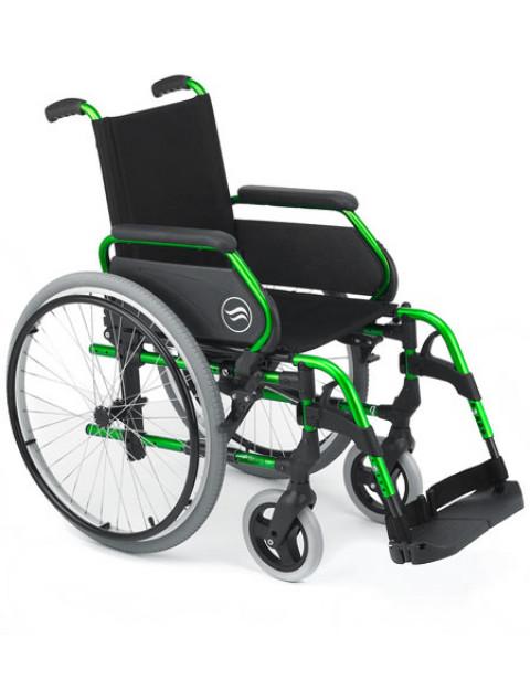 Cadeira de Rodas - Breezy 300